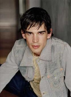 Christopher Gorham image.