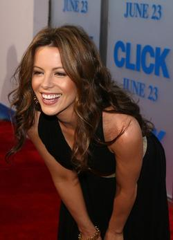 Latest photos of Kate Beckinsale, biography.
