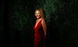 Kim Cattrall image.