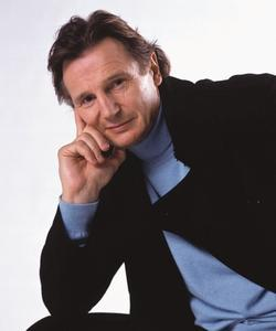 Latest photos of Liam Neeson, biography.