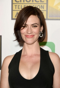 Maggie Siff image.