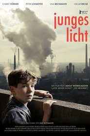 Junges Licht is the best movie in Magdalena Matz filmography.
