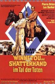 Winnetou und Shatterhand im Tal der Toten is the best movie in Ralf Wolter filmography.