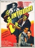 La intrusa - movie with Eduardo Fajardo.